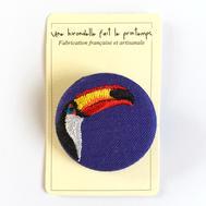 Badge brodé toucan