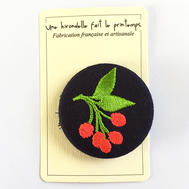 Badge brodé baies